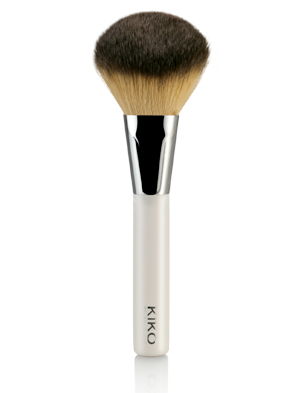 Colours-In-The-World-Face-Brush-kiko