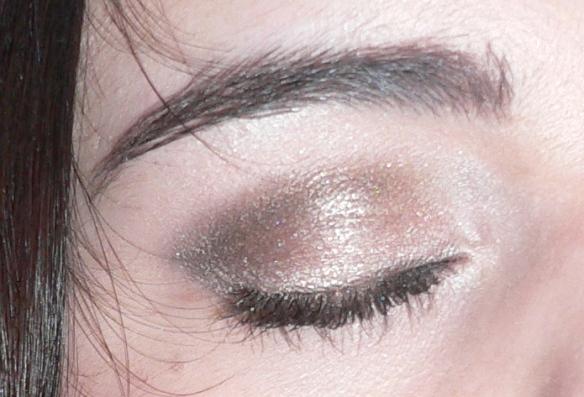 yeuxnaked-beautychi