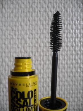 brosse-mascara-colossal-smoky-gemeymaybelline