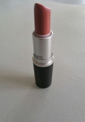 kindasexy-lipstick-mac